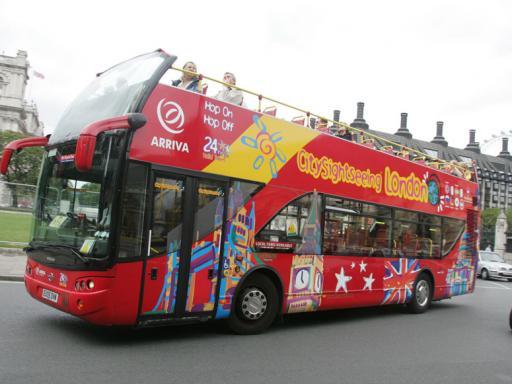London Double Decker Bus Hop-on/Hop-off Tour PLUS free Thames Cruise