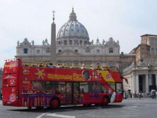 City tour em ônibus Hop-on/Hop-off e ingresso corta-fila para o Museu do Vatica