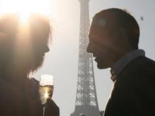 Cruzeiro com Champanhe em Paris