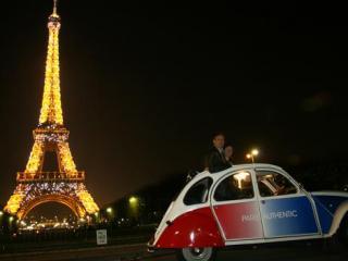 Passeio de Citroën 2CV pela Noite de Paris