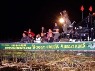 Airboat no Boggy Creek Tour Noturno