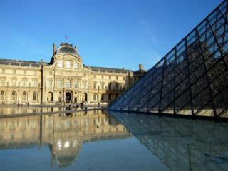 Passeio Independente no Museu do Louvre com Áudio e Acesso Corta-Fila