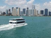 Passeio de barco em Miami Bay