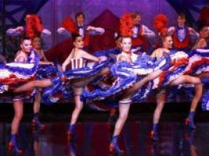 Jantar e Show no Moulin Rouge