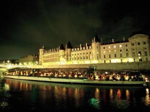 Cruzeiro e Jantar Bateaux Paris